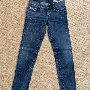 Diesel Getlegg skinny Jeans size 27 32